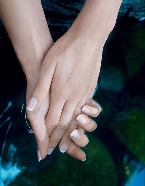 emma's hands 23